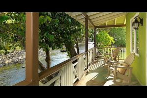 riverroom-porch