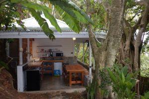 outside_kitchen